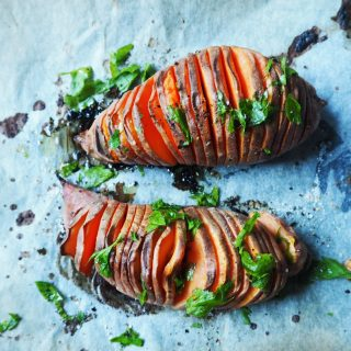 Søtpotet hasselback-style