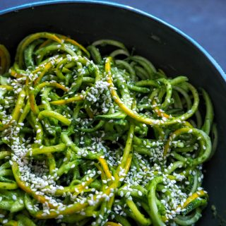 Zoodles med guacamole